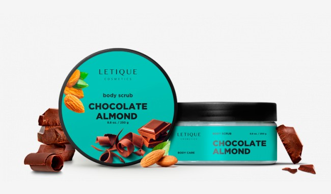 Body scrub chocolate-almond