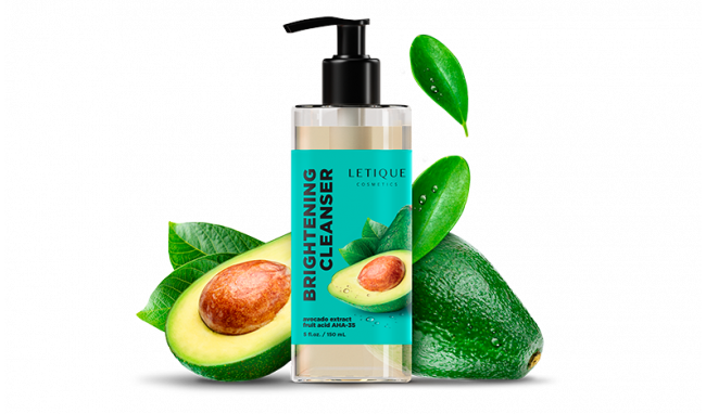 Cleansing foam with avocado